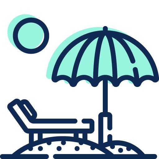 lettino e ombrellone in spiaggia